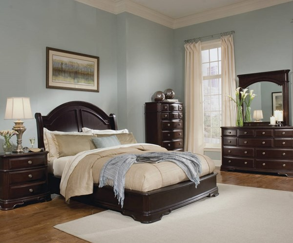 Grandover Rich Cherry Wood Master Bedroom Set HE-858-BR