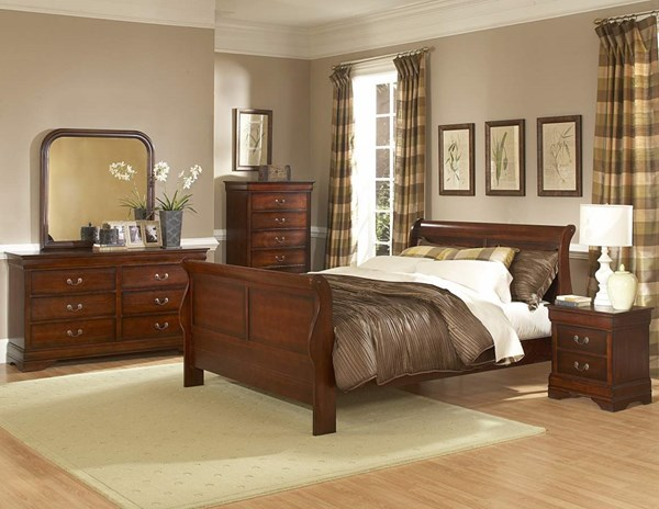 Chateau Traditional Warm Distressed Cherry Wood Master Bedroom Set HE-549