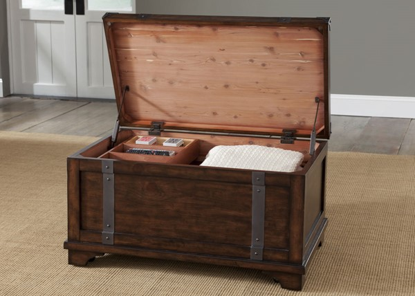 Liberty Aspen Skies Trunk Cocktail Tables LBRT-316-OT1010-CT-VAR