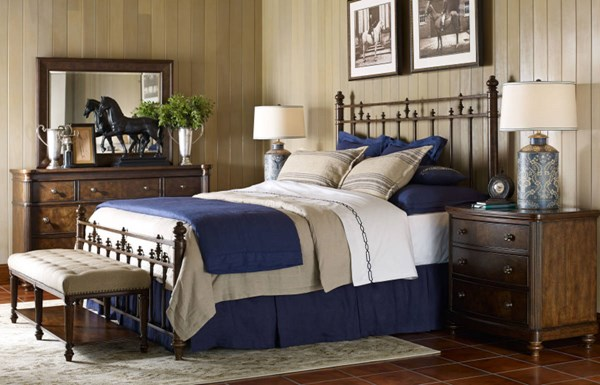 Barrington Farm Traditional Wood 5pc Bedroom Set w/Queen Metal Bed LGC-5200-BR-S7