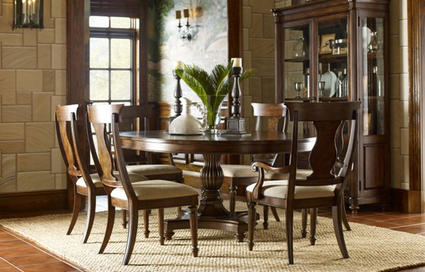 Barrington Farm Traditional Wood 7pc Dining Room Set w/Round Table LGC-5200-DR-S4