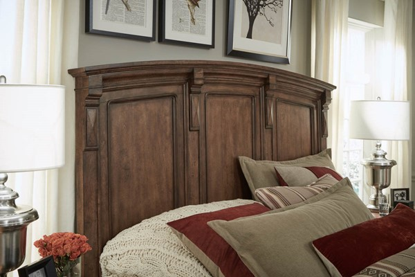 Legacy Furniture Oxford Place Deep Caramel Queen Panel Headboard LGC-9931-4105
