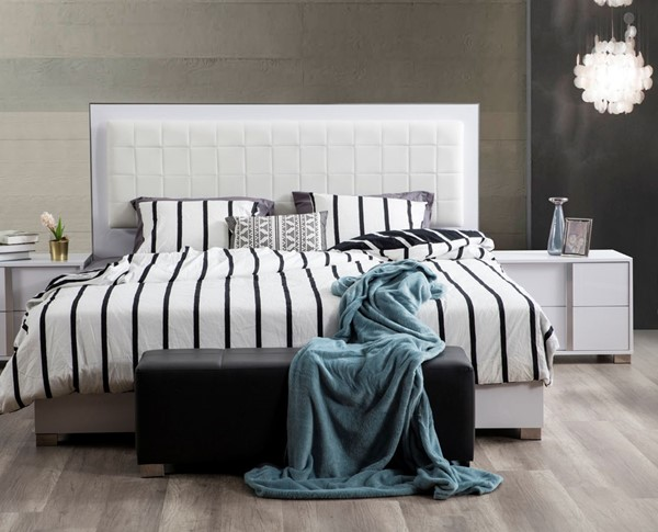 Modarte Roma Glistening White 2pc Bedroom Set with Queen Bed and Right Nightstand MDRT-SR08-BR-101R-S2