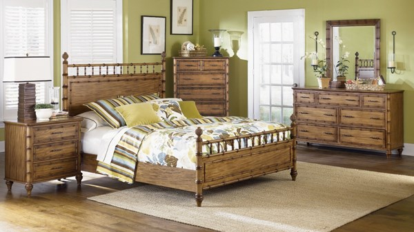 Palm Bay Casual Toffee Wood 5pc Bedroom Set W/Queen Poster Bed MG-B1469-S1