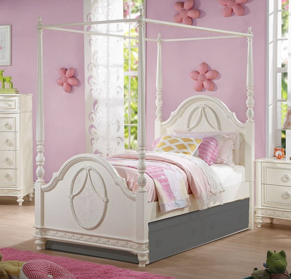 HomeRoots Ivory Pine Wood Full Poster Bed OCN-285910