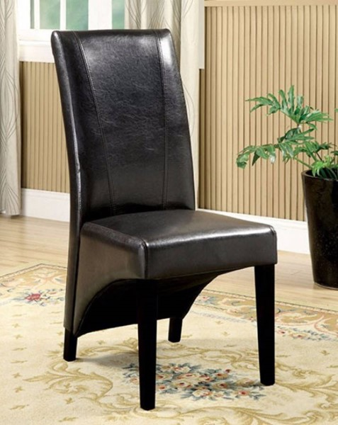 2 Homeroots Black Leatherette Chairs Side Chairs OCN-300714
