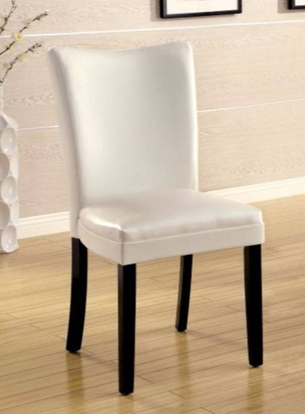 2 Homeroots White Leatherette Dining Side Chairs OCN-300890