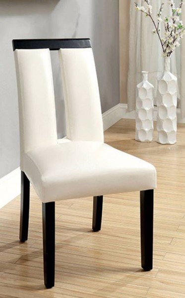 2 Homeroots White Leatherette Black Solid Wood Side Chairs OCN-301271