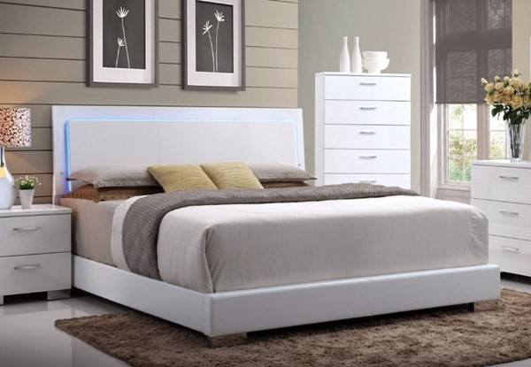 HomeRoots White Leather Queen Bed OCN-307760