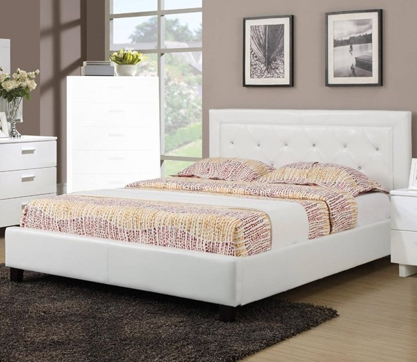 HomeRoots White Faux Leather Button Tufted Queen Panel Bed OCN-316254