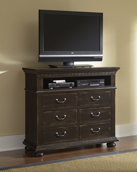 La Cantera Traditional Tobacco Solid Wood Media Chest PRG-P665-46