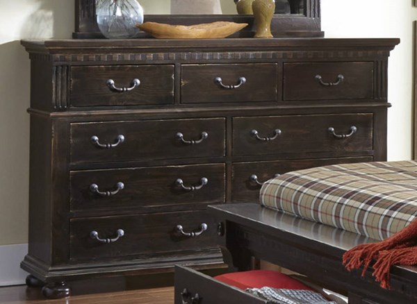 La Cantera Traditional Tobacco Solid Wood Drawer Dresser PRG-P665-23