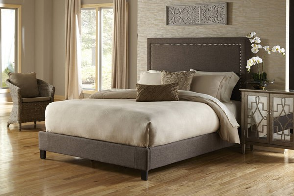 Pulaski Furniture Brown Fabric Wood Nailhead King Upholstered Bed RH-2291-BR-K2