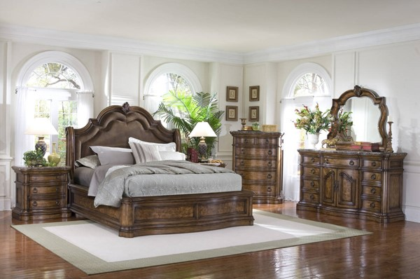 Pulaski Furniture San Mateo Brown Fabric 5pc Bedroom Set with Queen Bed RH-662-BR-K1