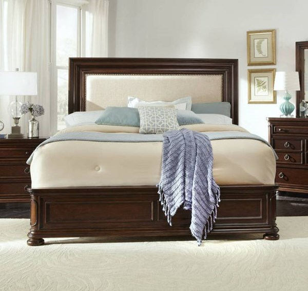 Chandler Traditional Brown Wood King Bed RH-8540-KB