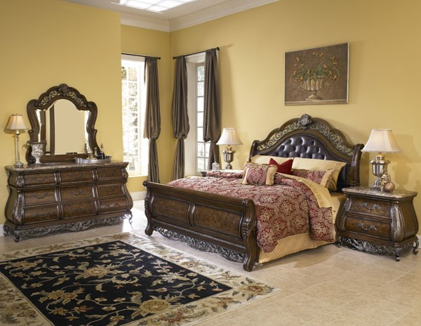 Birkhaven Old World Brown Hardwood Bonded Leather Master Bedroom Set RH-991170-BR