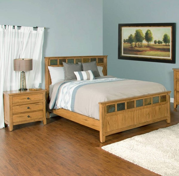 Sunny Designs Sedona Petite Light Brown 2pc Bedroom Set with Queen Bed 2334RO-BR-S1