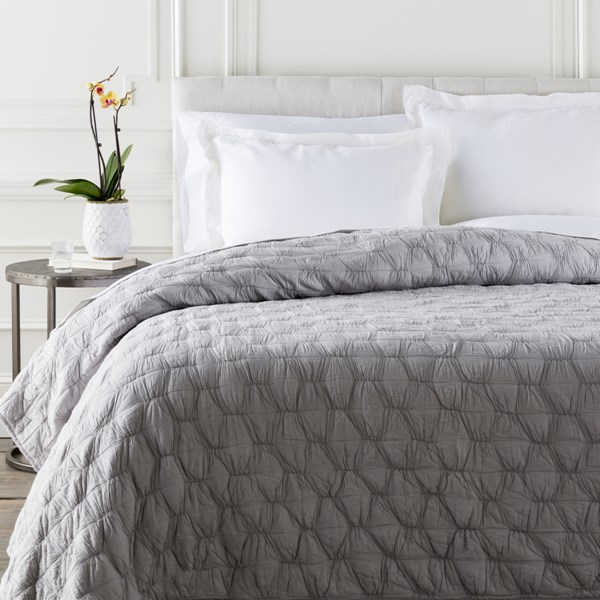Melissa Contemporary Dove Cotton Twin Quilt MLS1001-T