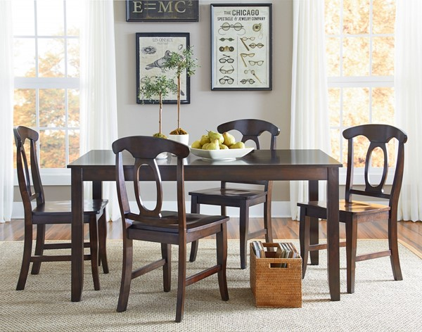 Larkin Country Cherry Brown Wood Table w/4 Chairs STD-15242