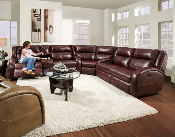 Southern Motion Maverick Burgundy Reclining Sectional Sofa STHN-550-30-28-83-906-40