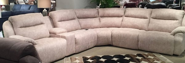 Southern Motion Five Star Off White Power Reclining Sectional STHN-512-05P-46-90P-84-80-06P-29915