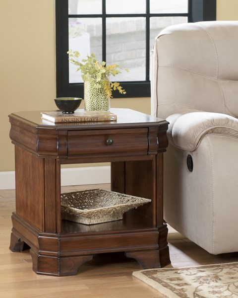 Hamlyn Traditional Medium Brown Solid Wood Square End Table T677-3