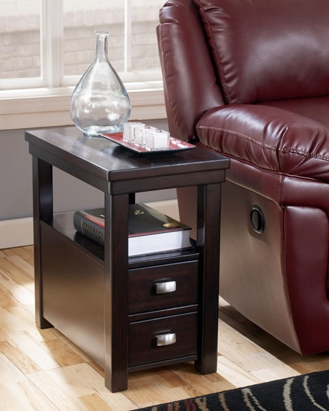 Ashley Furniture Hatsuko Espresso Chair Side Table T864-7