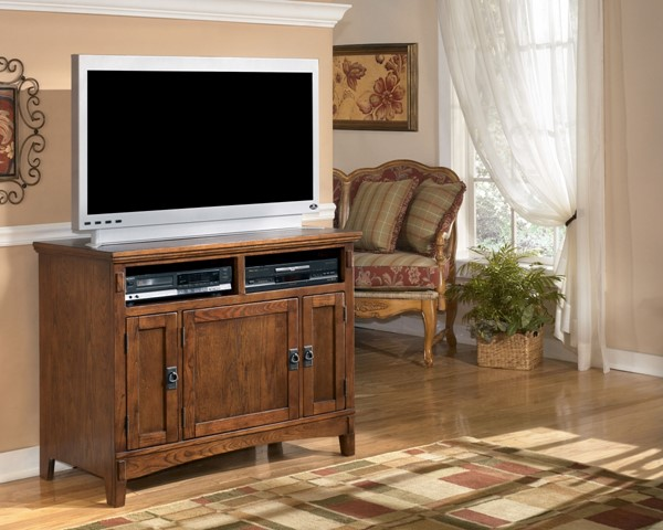 Cross Island Traditional Oak Stained Wood 42 Inch TV Stand W319-18
