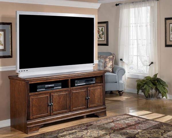 Hamlyn Traditional Dark Brown Wood Large TV Stand W527-38