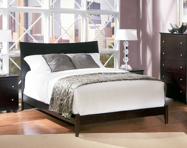 Caramel Traditional Latte Wood Concord Full Bed w/Flat Panel Footboard AP8132117