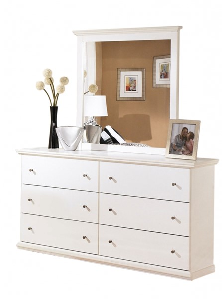 Bostwick Shoals Cottage White Wood Bedroom Drawer Dresser B139-31