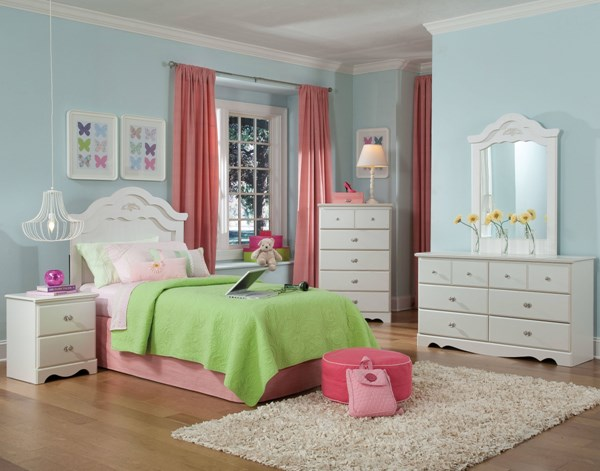 Daphne Transitional White Wood 5pc Bedroom Set w/Full/Queen Headboard std-65550-BR-S2