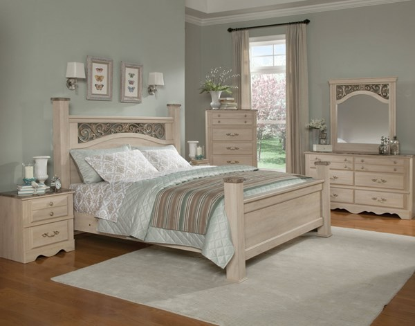 Torina Traditional Cream Wood 5pc Bedroom Set W Queen Poster Bed The Classy Home