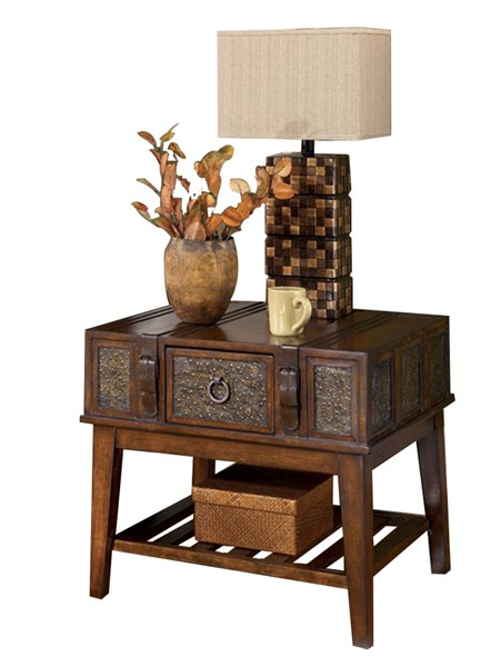 McKenna Traditional Dark Brown Wood End Table T753-3
