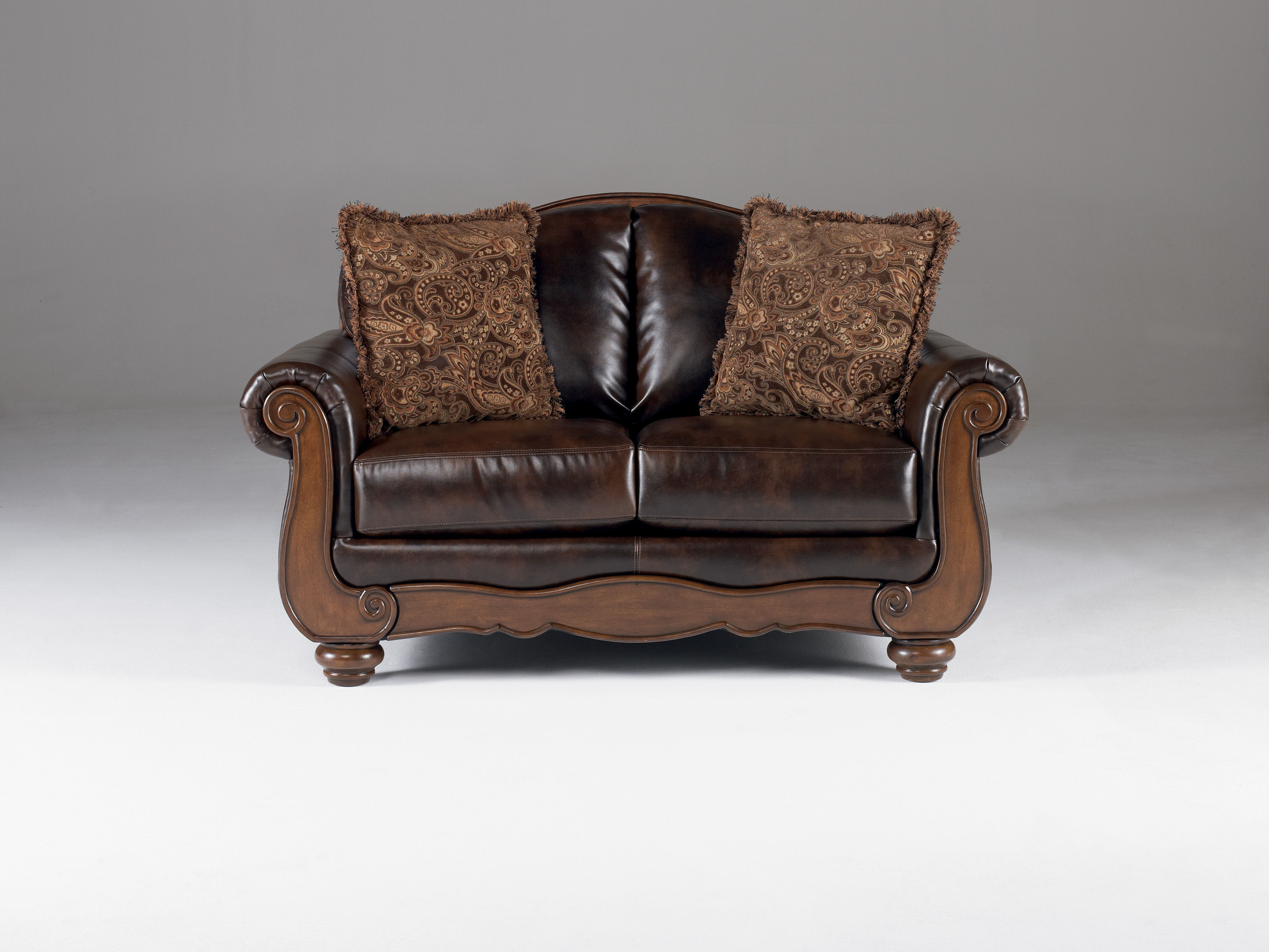 Pleasant Barcelona Traditional Antique Faux Leather Loveseat W Cushion Back Bralicious Painted Fabric Chair Ideas Braliciousco