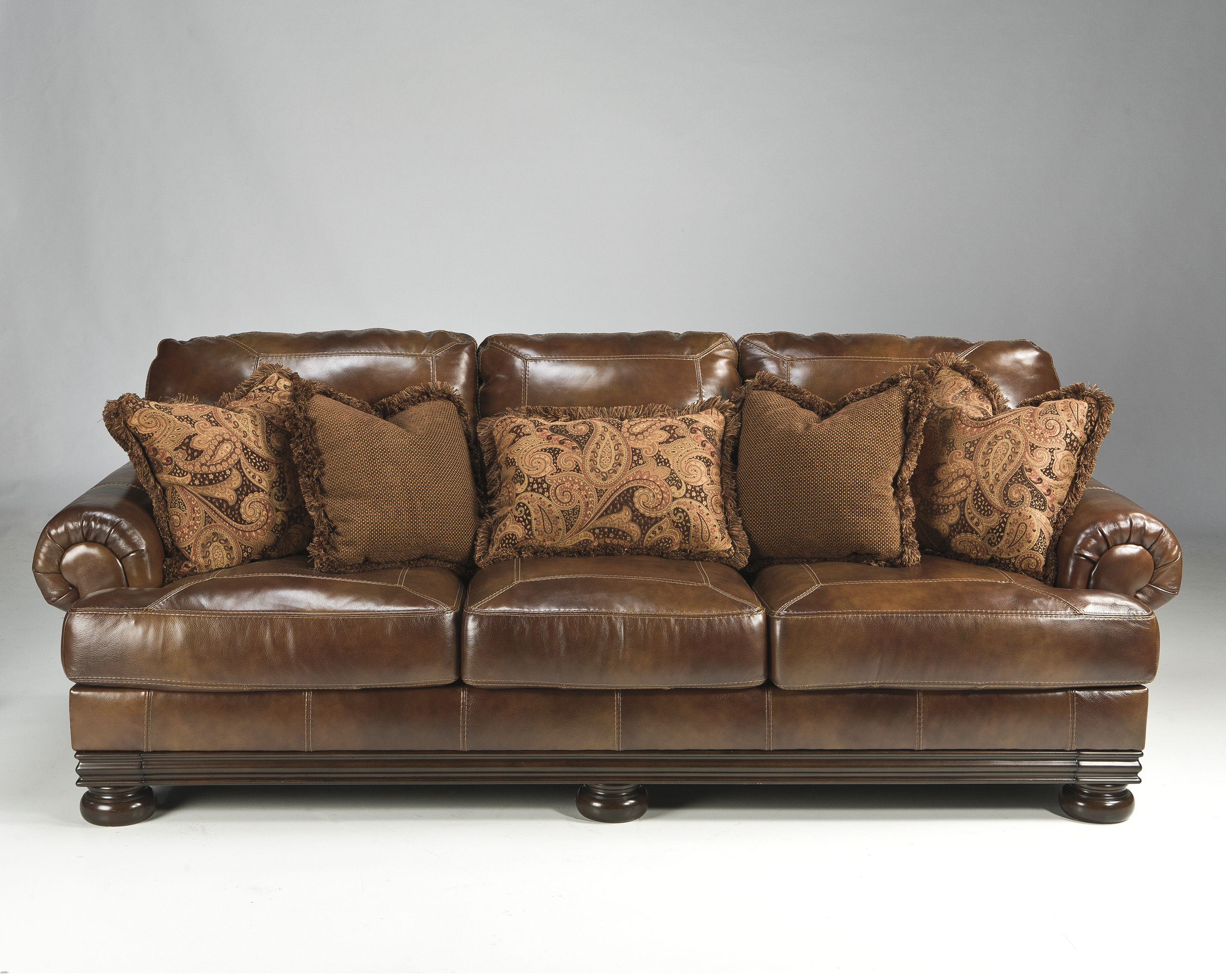 Hutcherson Traditional Harness Leather Sofa