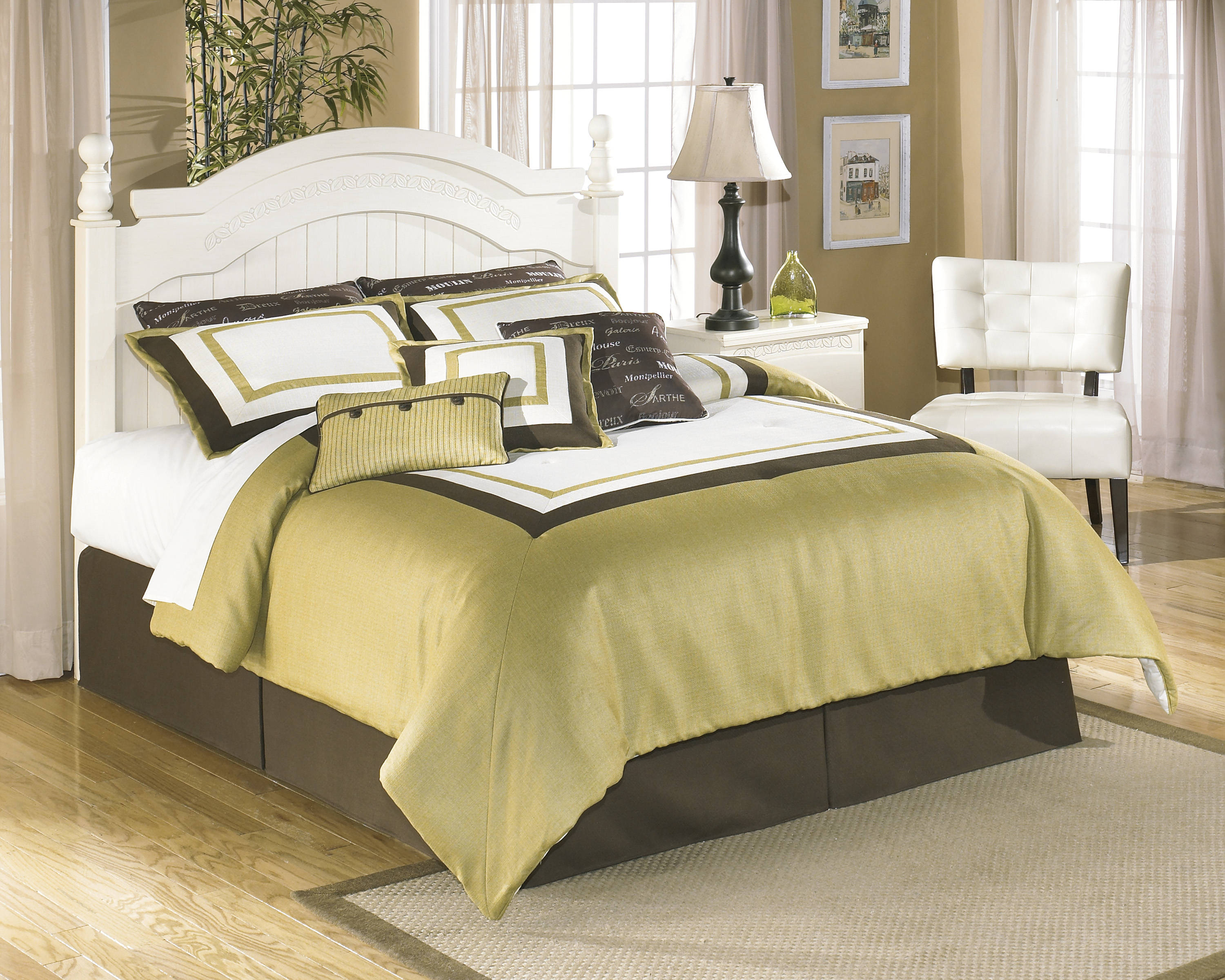 Ashley Furniture Cottage Retreat Queen Full Poster Headboard ...
