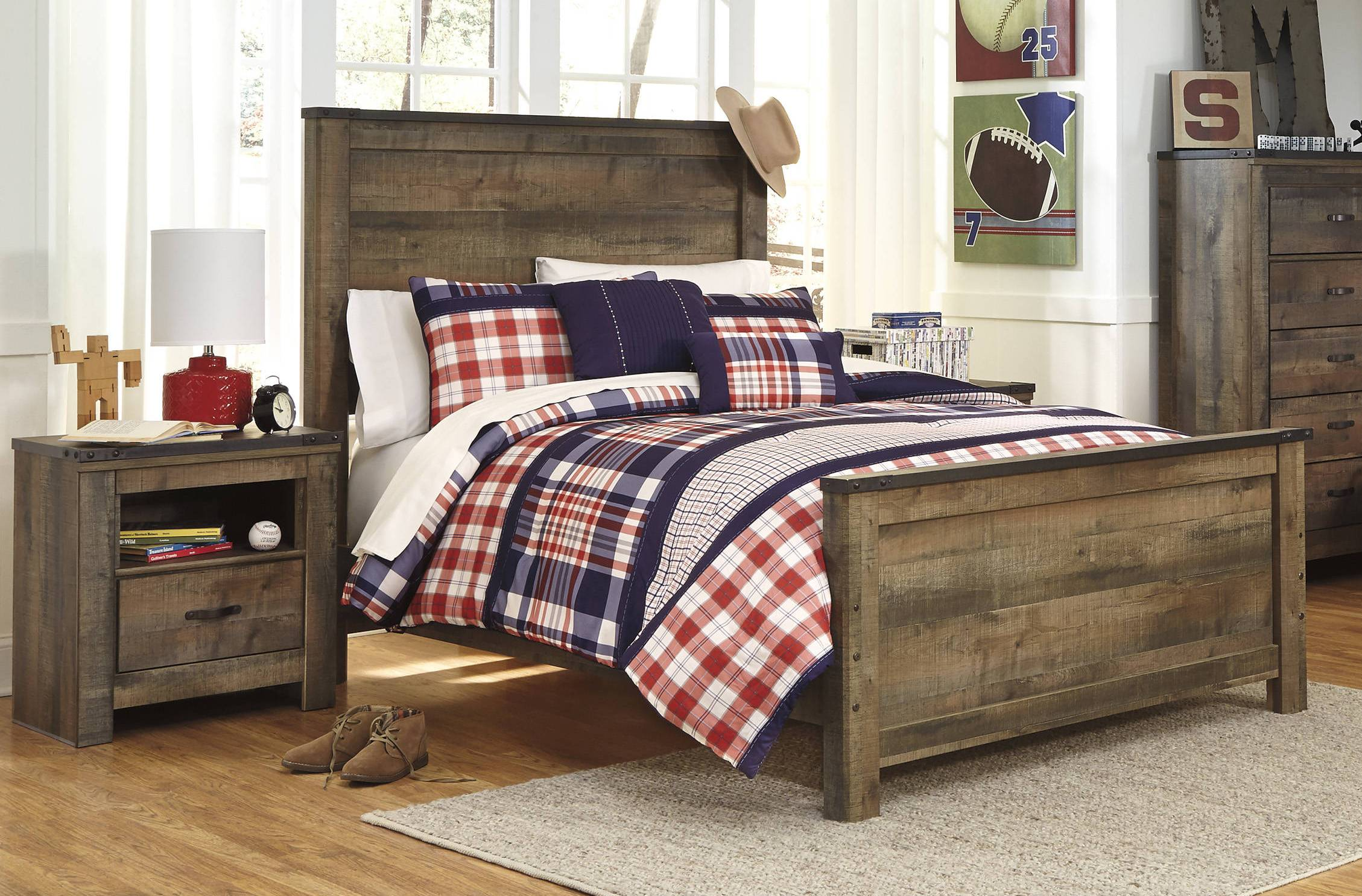 Ashley Furniture Trinell Brown 2pc Bedroom Set With King Bed