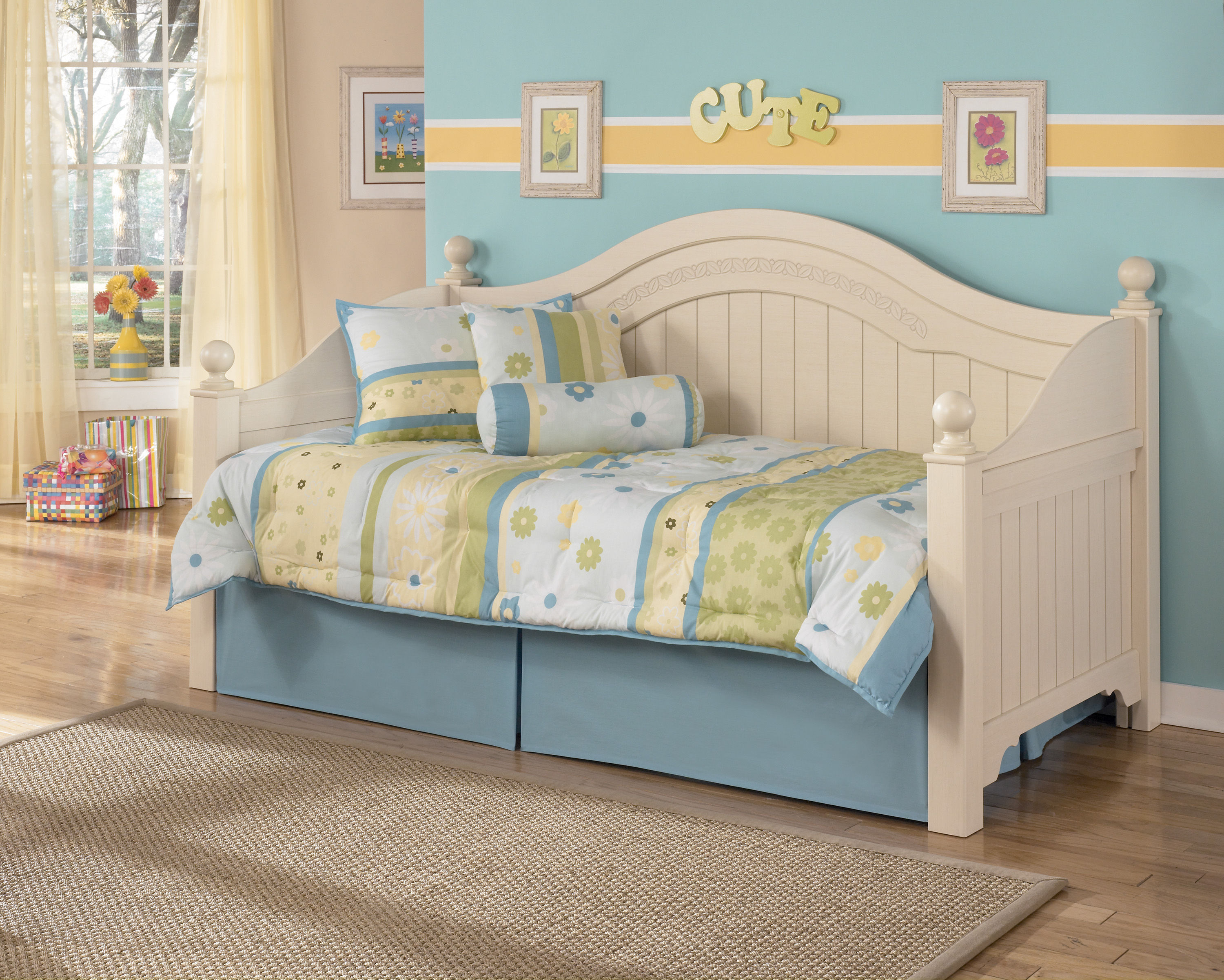 Ashley furniture cottage retreat day bed without trundle click to enlarge
