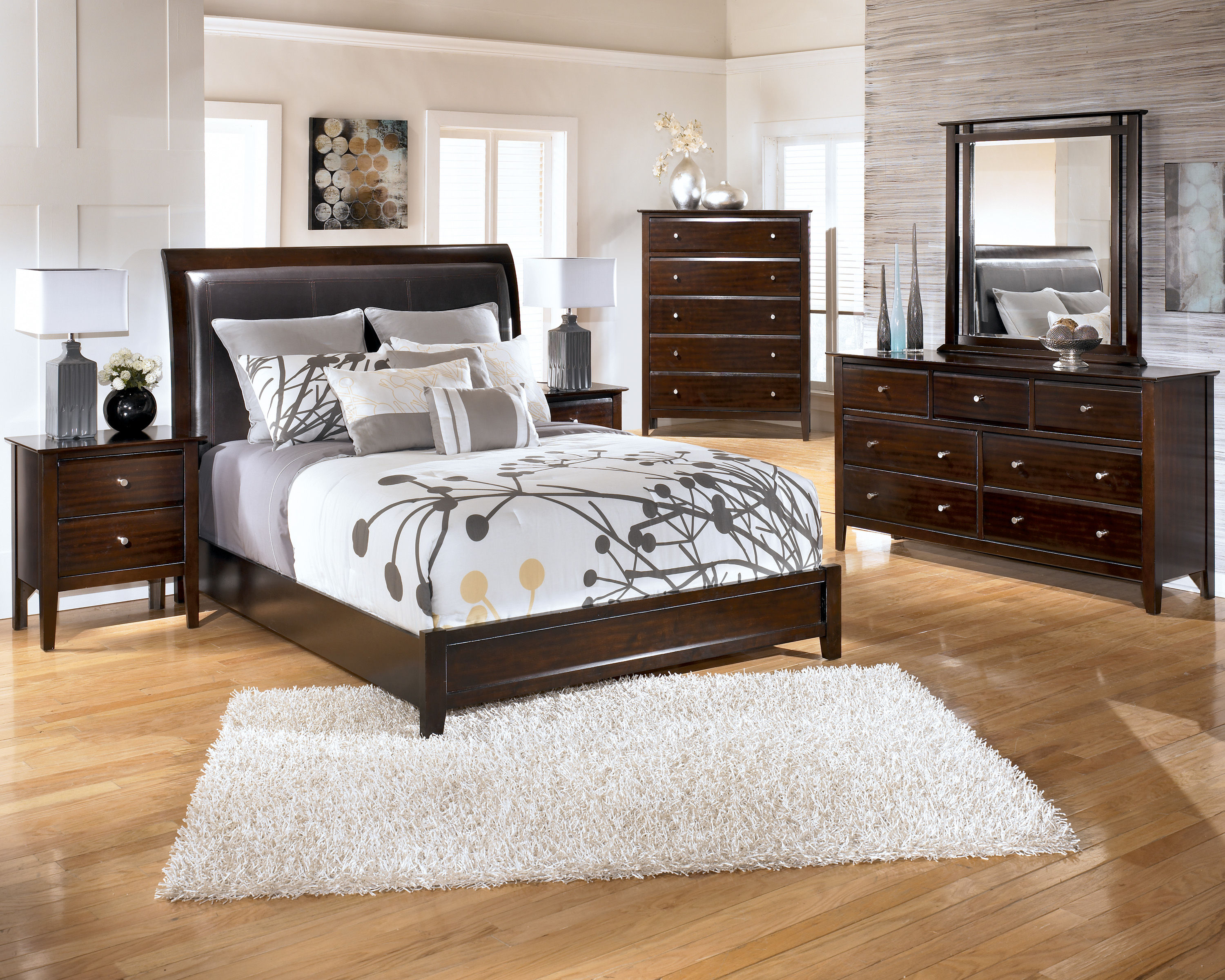 Templenz brown master bedroom set the classy home the for Best deals on bedroom furniture sets