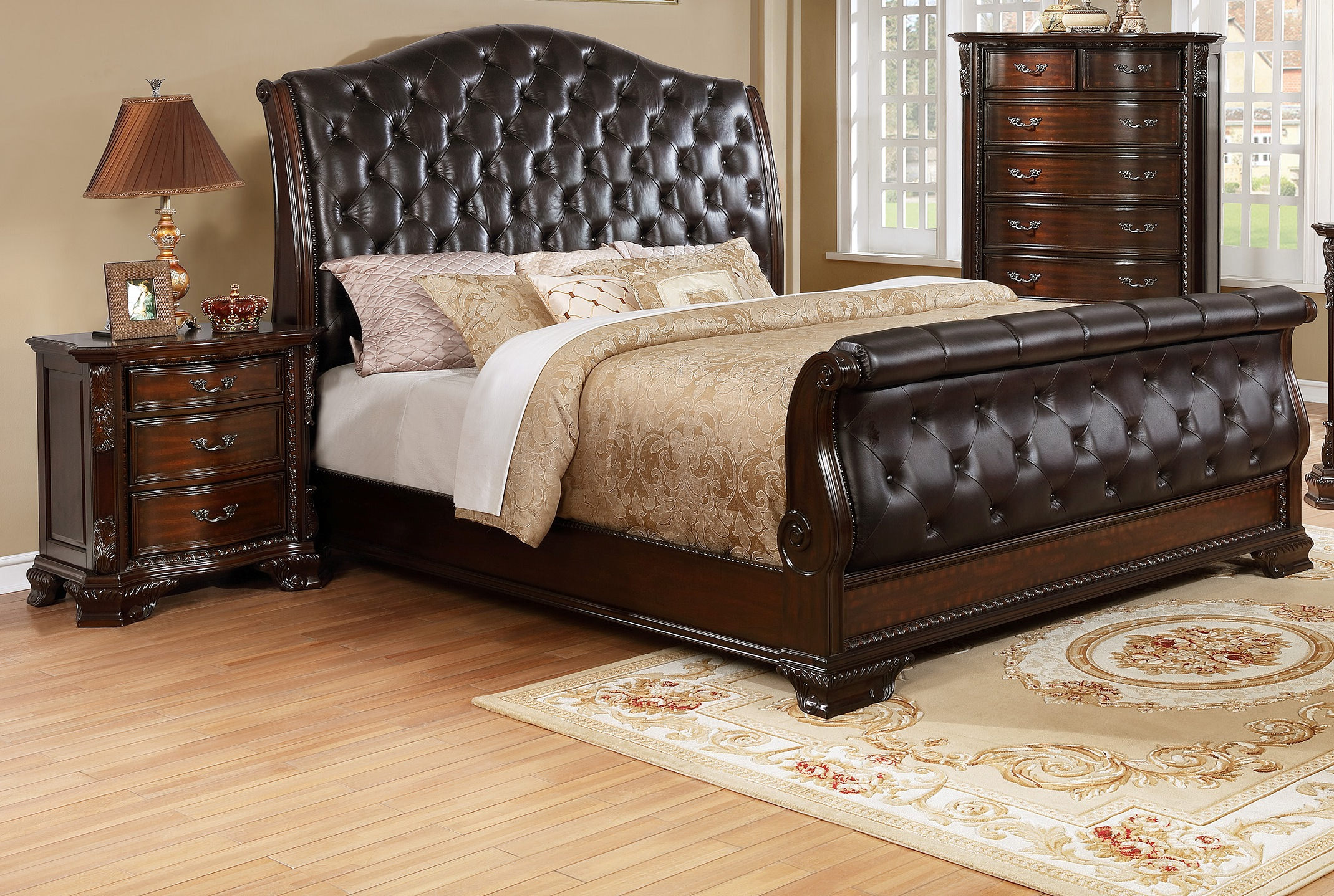 Crown Mark Sheffield Camel 2pc Bedroom Set With Queen Sleigh Bed