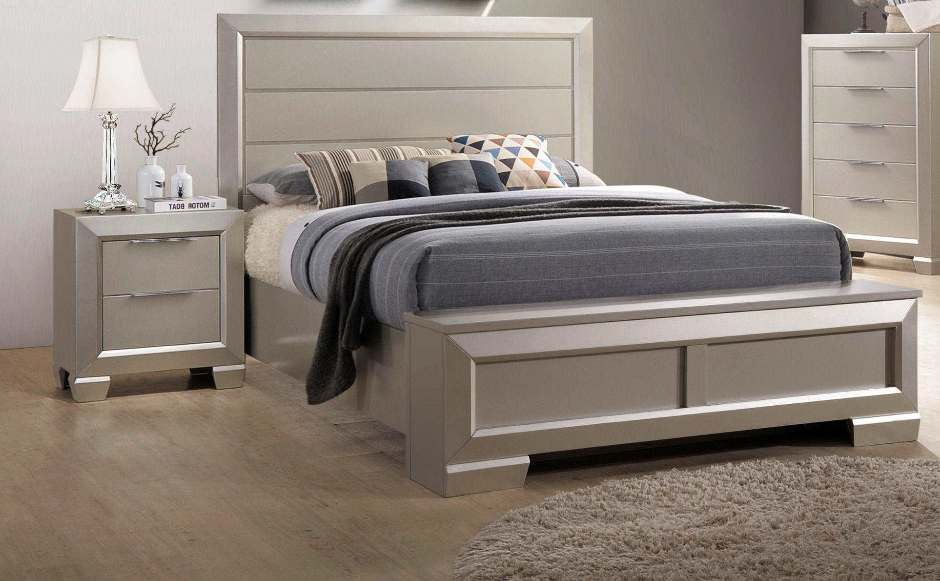 Crown Mark Paloma Champagne Silver 2pc Bedroom Set With Queen ...