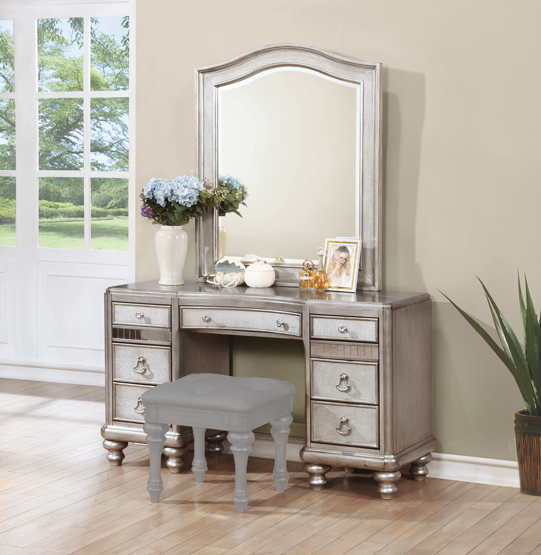 Coaster Furniture Bling Game Vanity Desk With Mirror The Classy Home