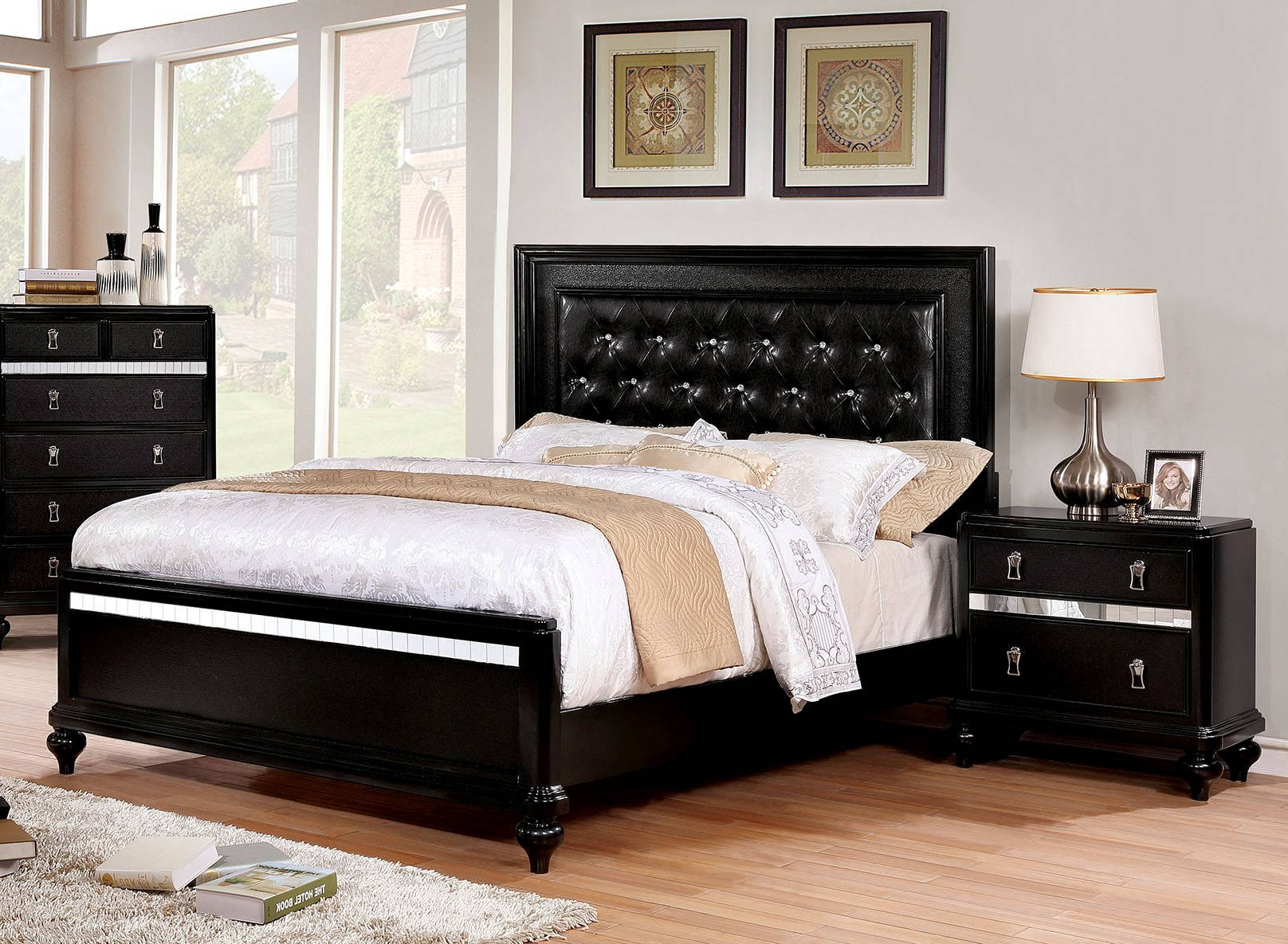 Furniture Of America Avior Black 2pc Bedroom Set with Cal King Bed