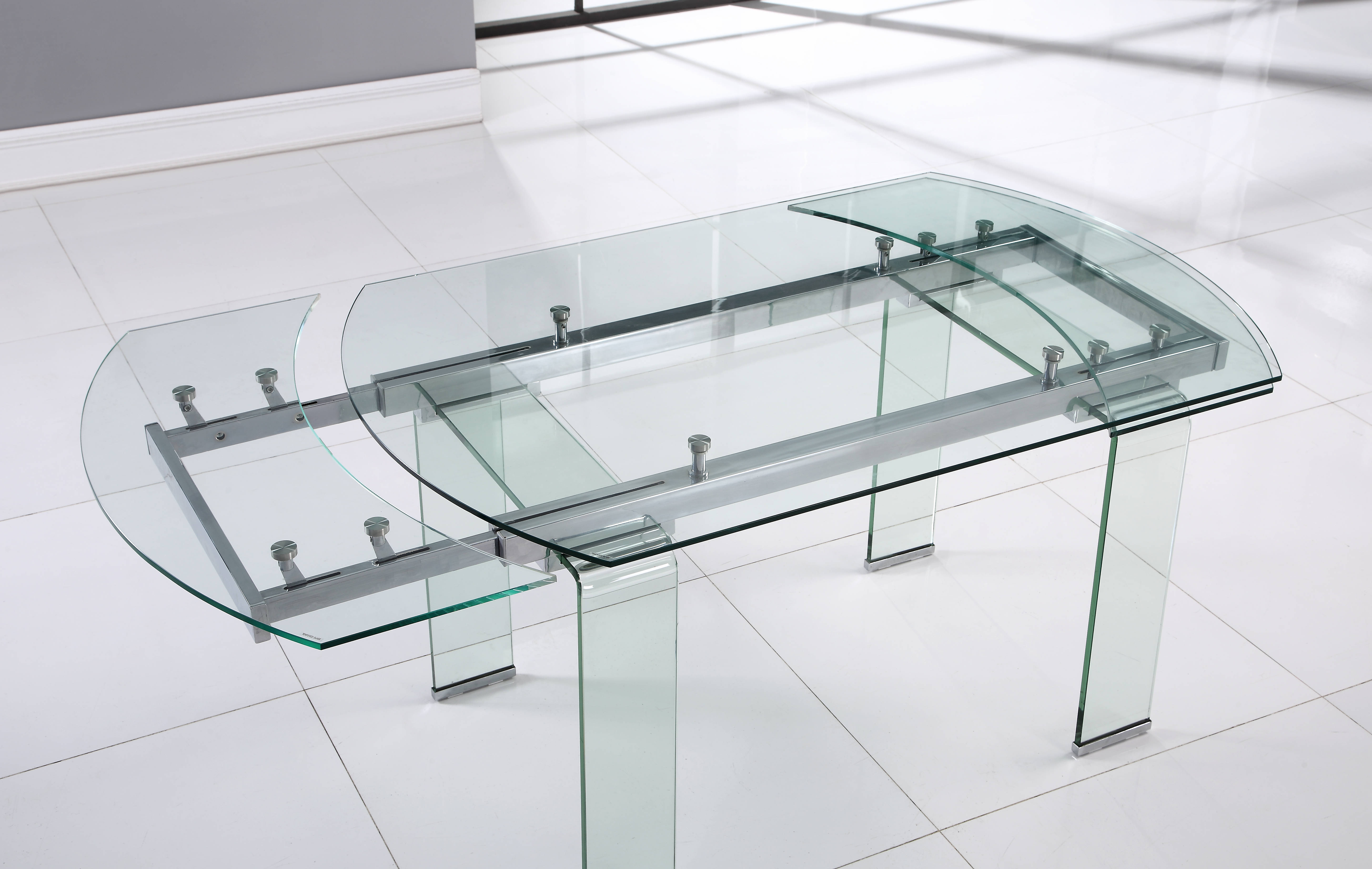Global Furniture D2160 Clear Dining Table Click To Enlarge