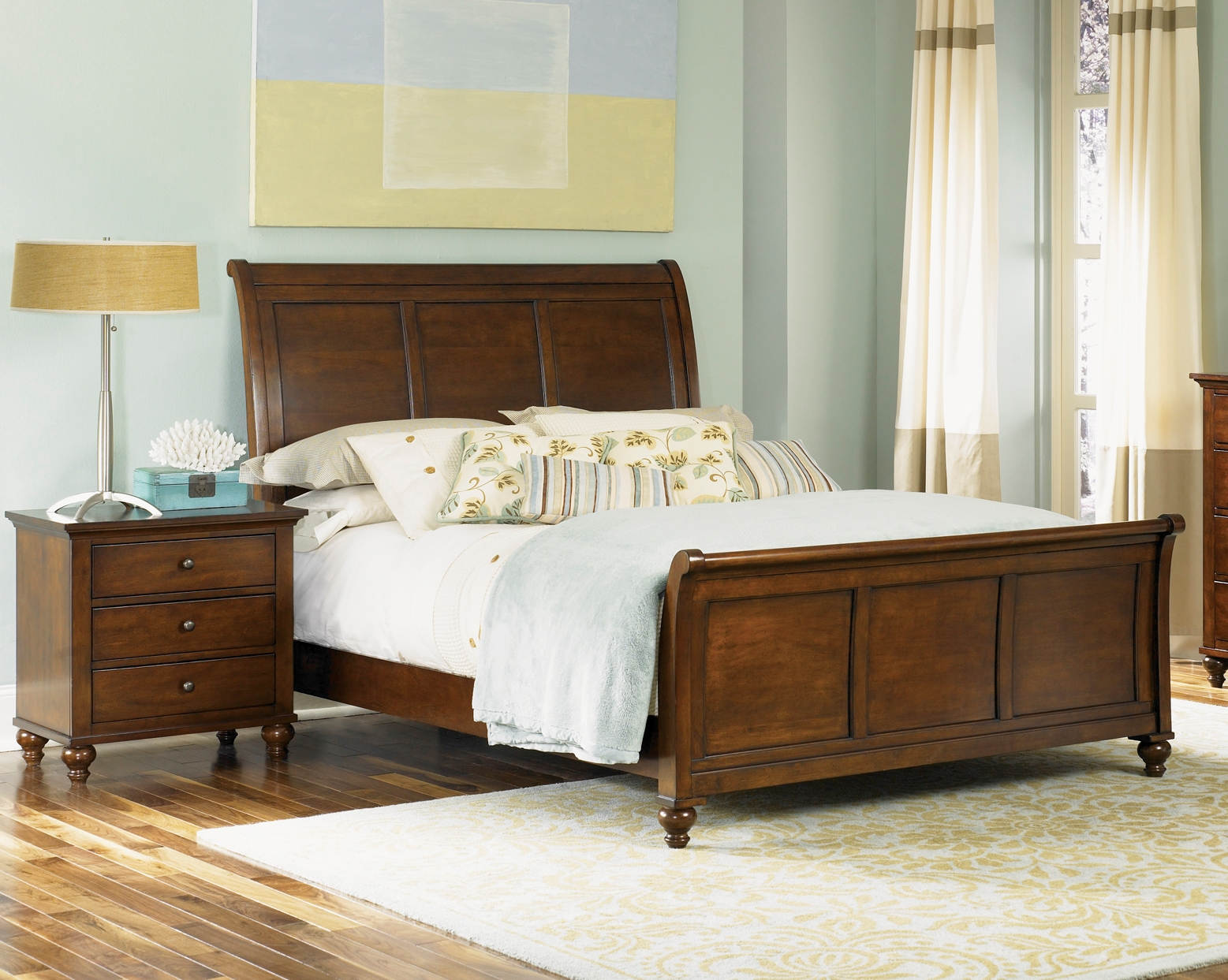 Liberty Hamilton Cinnamon 2pc Bedroom Set With Queen Sleigh Bed