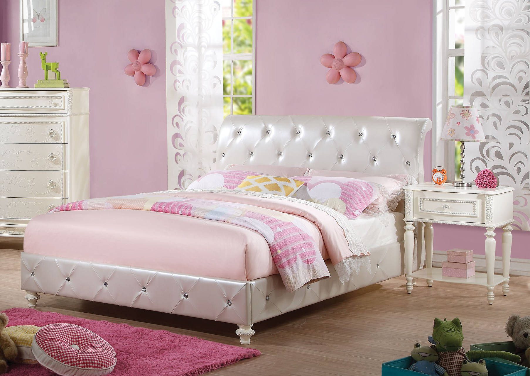 HomeRoots Pearl White PU 2pc Bedroom Sets with Full Padded Bed