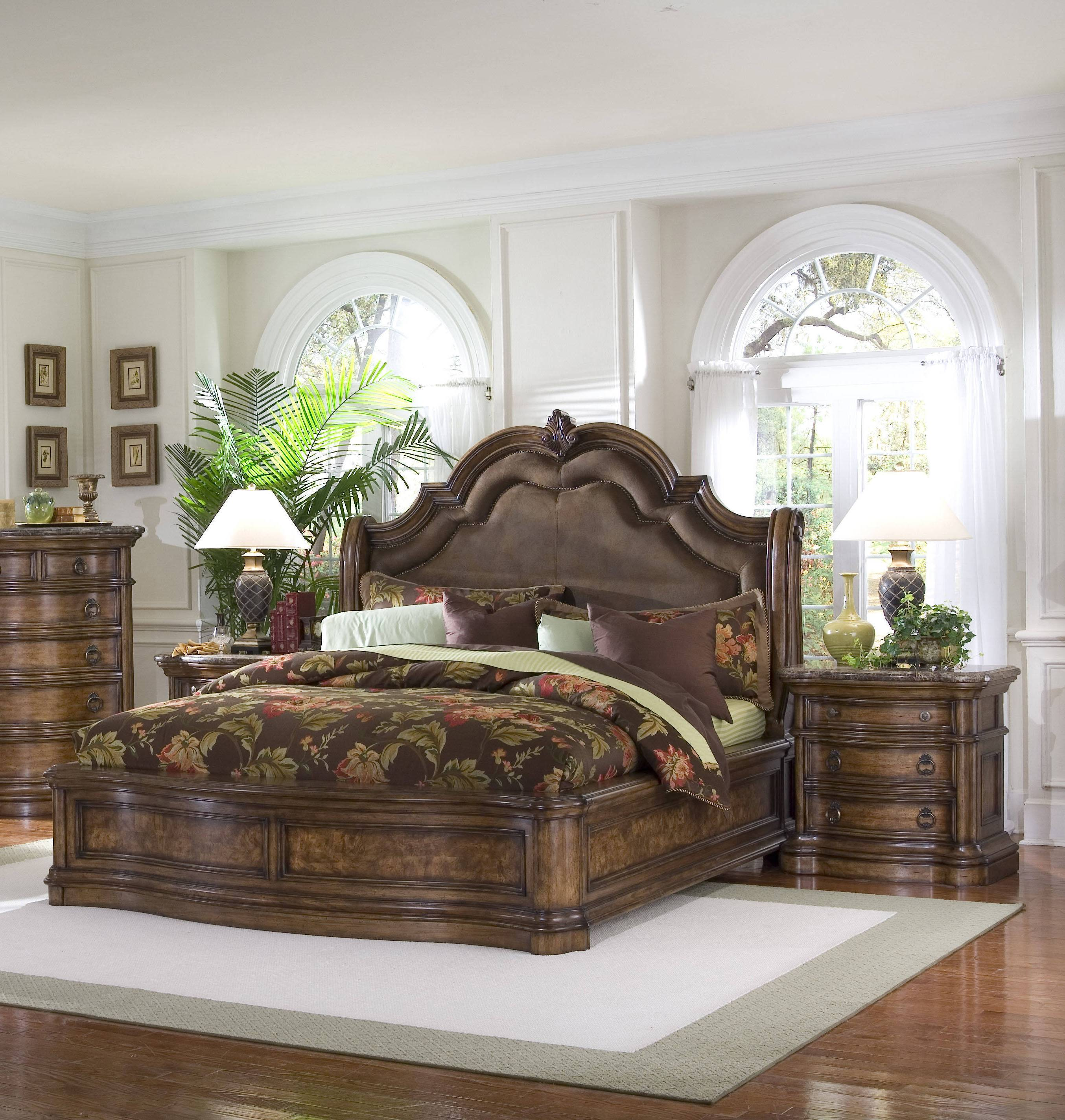 San Mateo Sleigh Bedroom Set From Pulaski 662170 662171