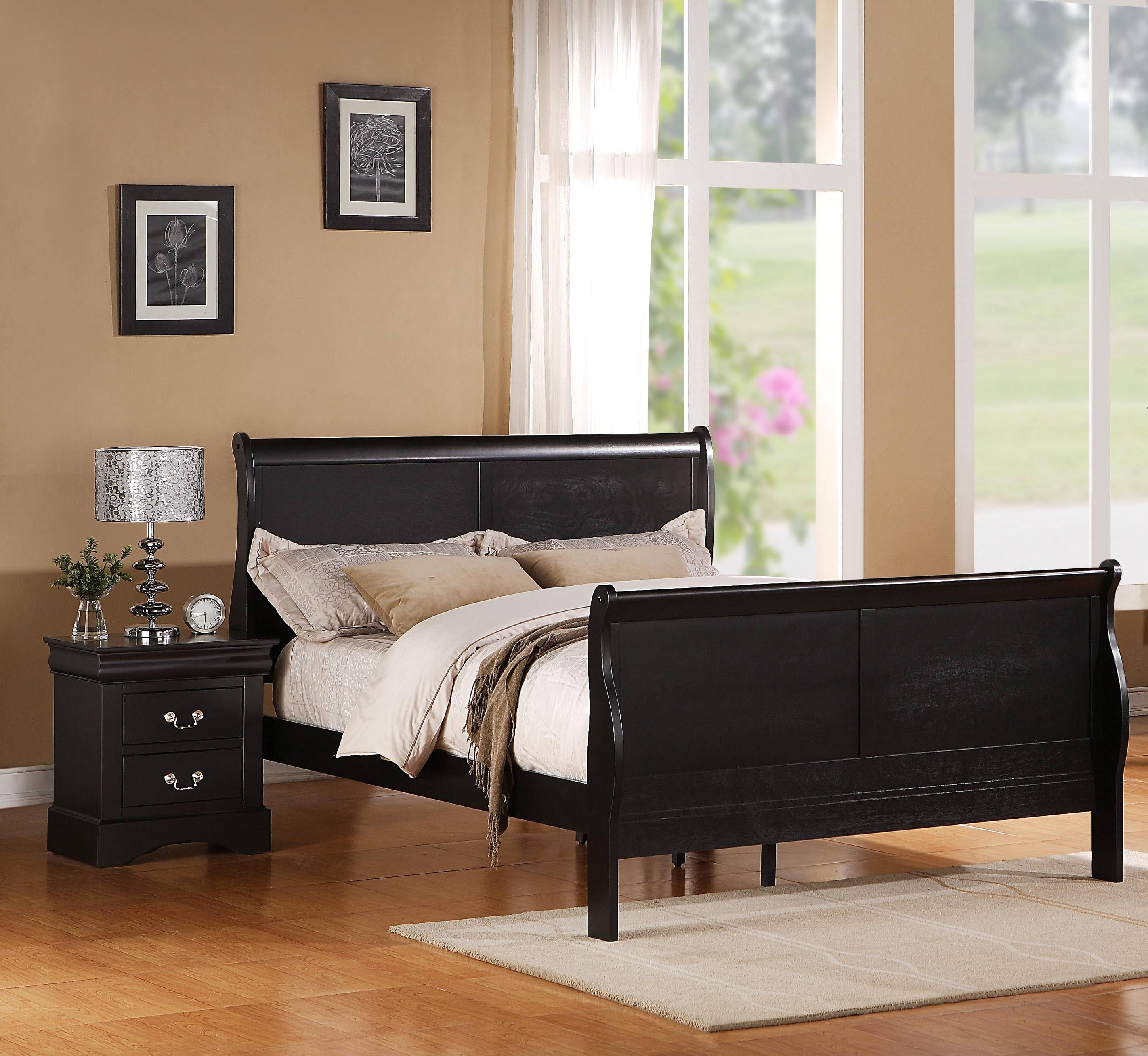 Standard Furniture Lewiston Black 2pc Bedroom Set with Queen Sleigh Bed