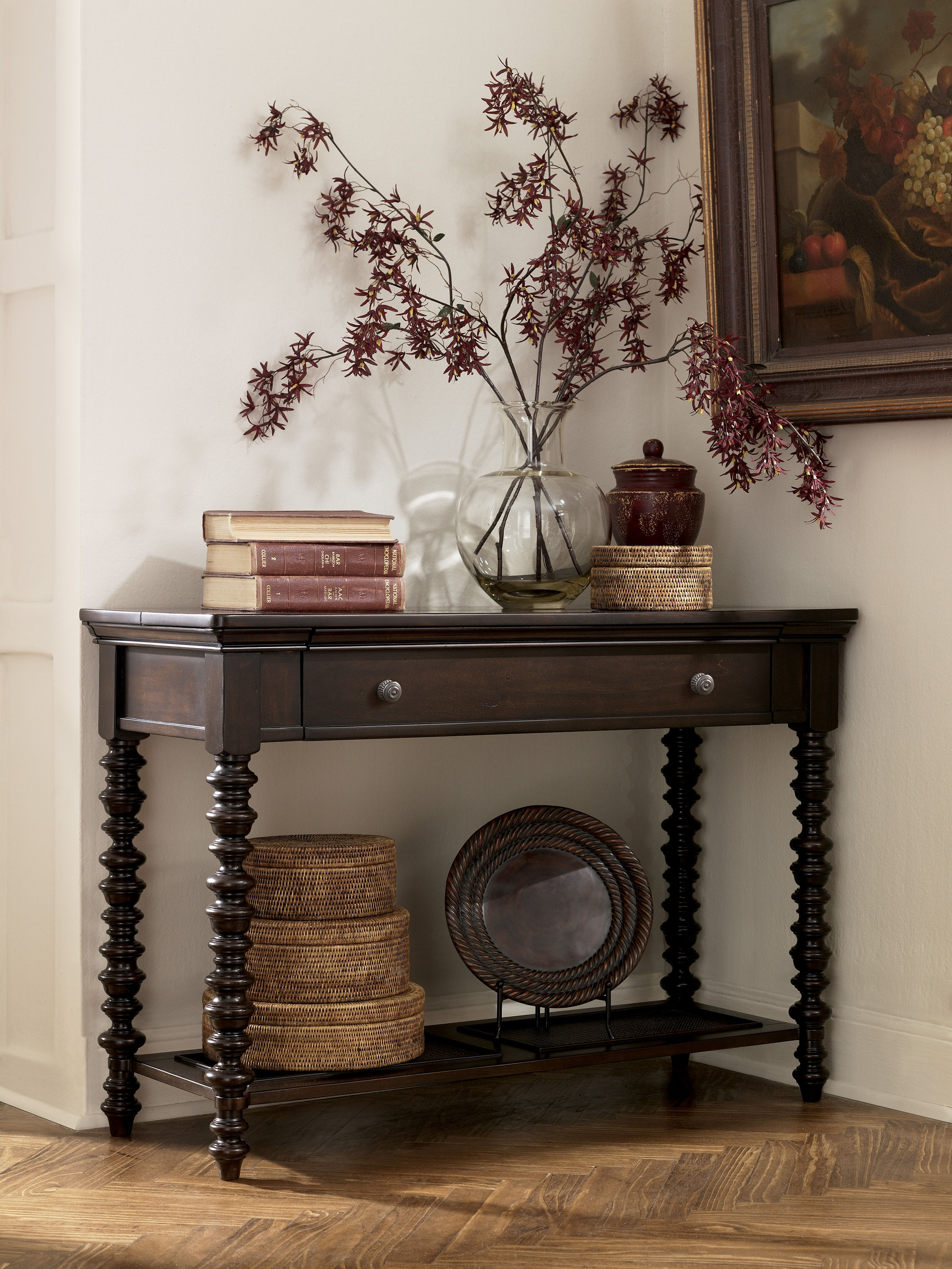 Delightful Key Town Traditional Dark Brown Solid Wood Sofa Table